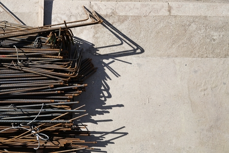L'acier renforcé sur un chantier