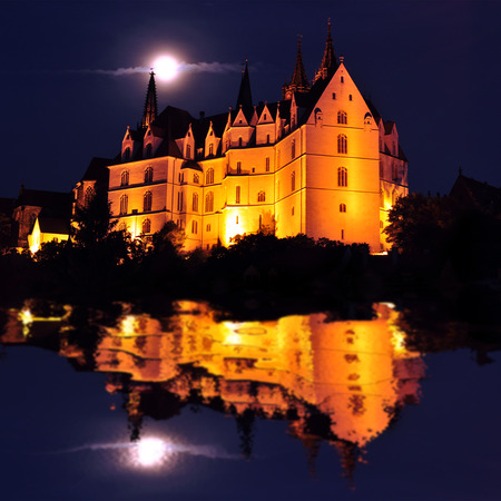 albrecht: Albrechtsburg  Albrechts castle in Meissen at night with reflections in the river Elbe, Germany Editorial