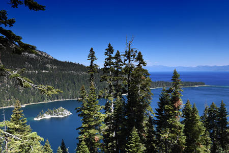 View to Fannatte Iceland in the Emerald Bay, Lake Tahoe, California 版權商用圖片