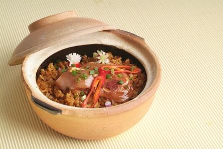 Claypot chicken rice photo