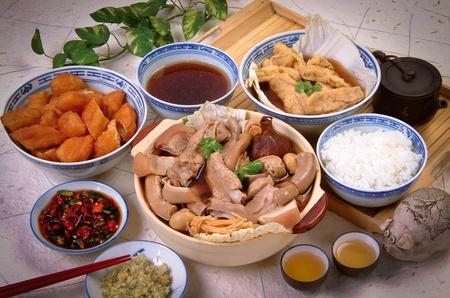 Malaysian stew of pork and herbal soup, ba kut teh Stock Photo - 12458537