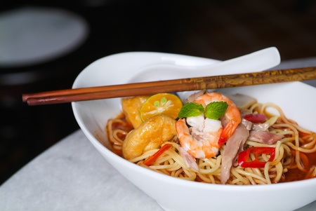 fresh food fish cake: Prawn noodle - Malaysian food spicy noodles