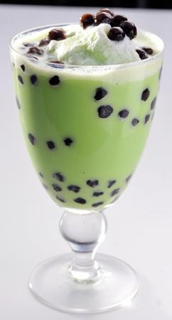pearl tea: Pearl milk tea on white background