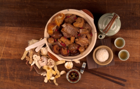 ba kut teh  Malaysian stew of pork and herbal soup, photo