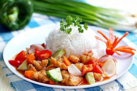 белки: Азия пищи и риса Малайзии