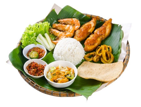 mee pok: Indonesian traditional food, chicken, fish, vegetables