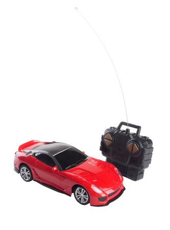 speelgoedauto afstandsbediening op een witte achtergrond