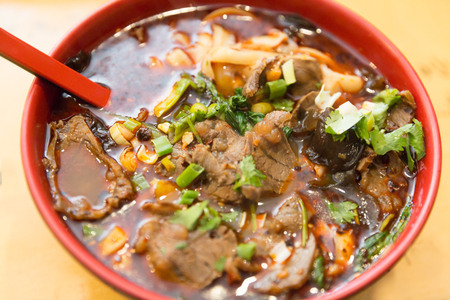 Beef noodle soup, chinese taiwanese cuisine Reklamní fotografie - 104940171
