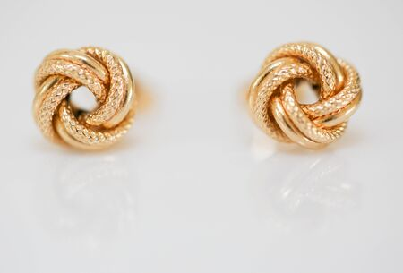 Set of fashion earrings and decorations - Image