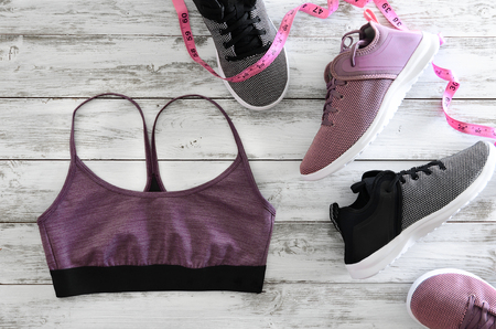 Womens sport clothes (bra), footwear (sneakers). Active lifestyle concept, Flat lay Standard-Bild - 96318801