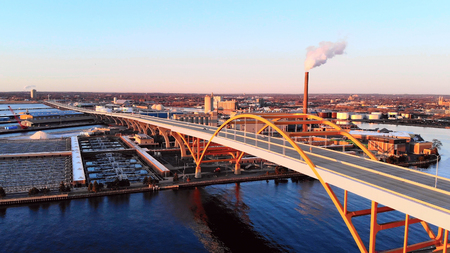 Aerial view of city at dawn. Industrial cityscape. Milwaukee, Wisconsin, USA.  Industrial pollution, emissions Standard-Bild - 101430286