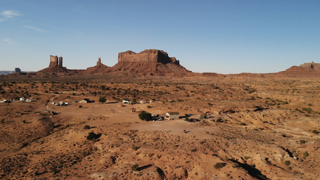 Village near the Oljato–Monument Valley in Arizona.  Ranch house. Aerial view, from above, drone shooting Standard-Bild - 107692108