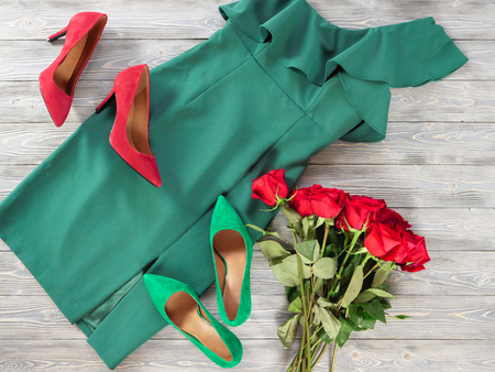 Womens clothes and shoes (Red green dress, pumps). Fashion outfit for christmas, evening, night out. Template for online store, website, banners. Flat lay, top down view Standard-Bild - 109731696