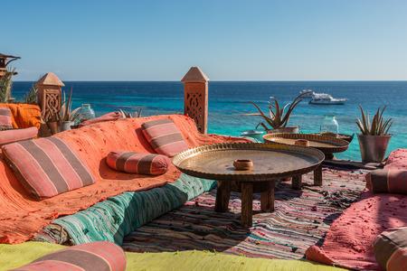 authentic arabian cafe on the Red Sea coast, Sharm El Sheikh, Egypt Standard-Bild