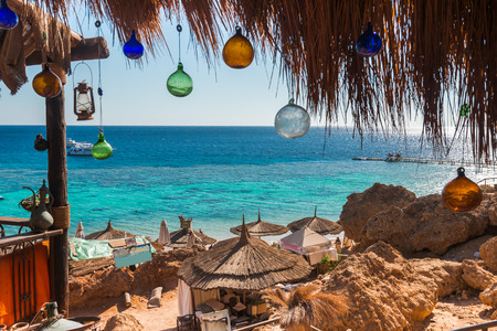 Coral Reef view of the  local cafe, Sharm El Sheikh, Egypt Standard-Bild