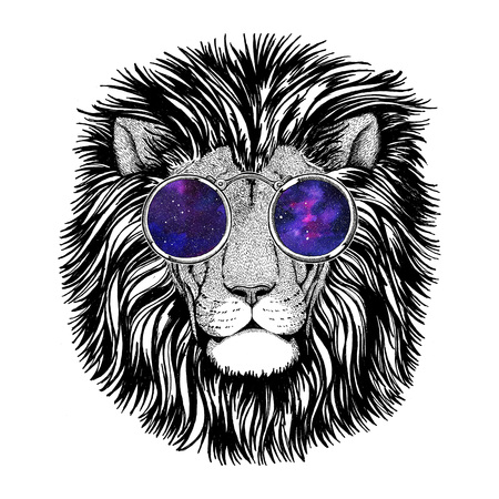 Wild hipster lion Image for tattoo, logo, emblem, badge design Stockfoto