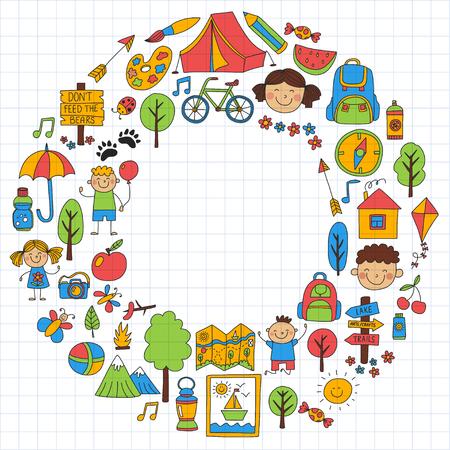 夏令营孩子们,孩子们野营的孩子们扮演,徒步旅行,唱歌,钓鱼,散步,散步后享受乐趣夏季普遍
