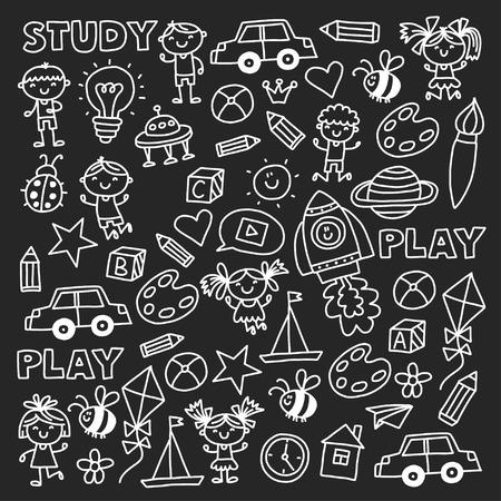 Kleuterschool Kleuterschool Kleuterschool Schoolonderwijs met kinderen Doodle patroon Spelen en studeren Jongens en meisjes kinderen tekenen pictogrammen Ruimte, avontuur, exploratie, verbeelding concept Blackboard krijt afbeelding Stockfoto - 90013953
