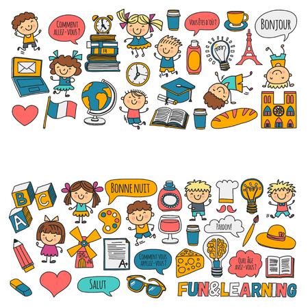 Paris, France. Cours de français. Langue française. Garçons et filles. Petits étudiants École, maternelle, crèche, collège. Jouer, étudier, grandir