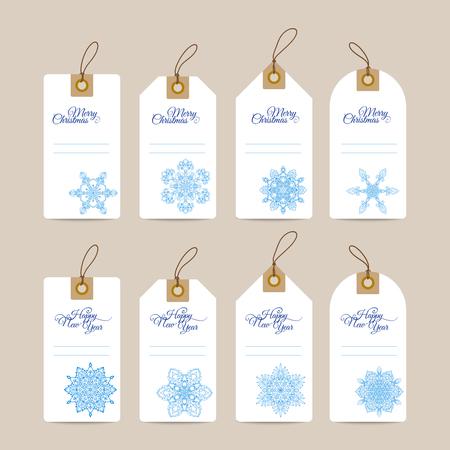 Christmas gift tags met de hand getekend decoratieve elementen. Blauwe snjwflakes op een witte achtergrond. Stock Illustratie
