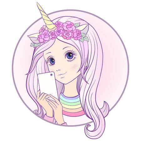 Het jonge aardige meisje met lang multi gekleurd roze hoort en eenhoornhoorn en rozen op haar hoofd maakt selfie of fotografeert op een mobiele telefoon. Voorraad vector.