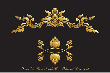 Set di elementi in oro di ornamento tradizionale tailandese.