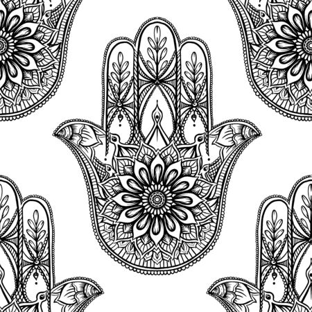 Seamless pattern with ornate hand drawn hamsa. Popular Arabic and Jewish amulet. Vector illustration. Outline vector illustration, isolated on white background. Vetores