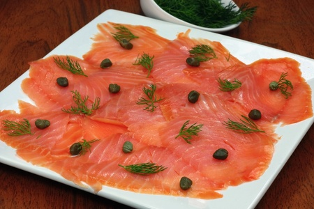 thinly: Plate of smoked salmon