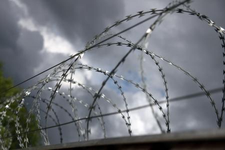 kz: Stacheldraht, barbed wire,