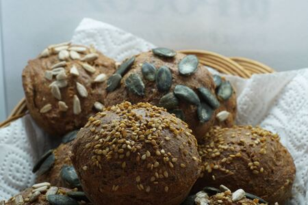 Freshly baked bread baked in a wood oven according to an old recipe wood stove Banque d'images - 138374233