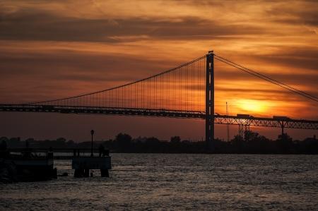 El puente Ambassador en Detroit, Michigan.