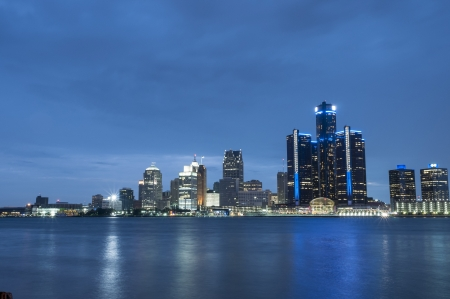 detroit michigan skyline night scnese