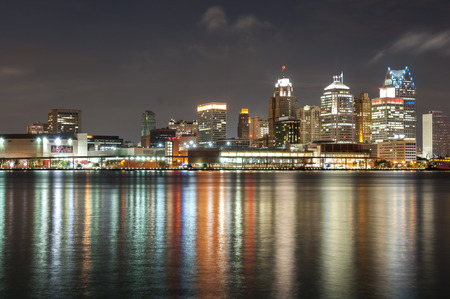 detroit: The skyline of Detroit michigan at night time