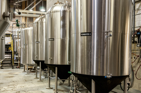 Stainless steel beer making fermenter tank