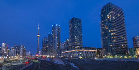 building cn tower: Toronto skyline with CN tower at dusk Editorial