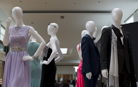 A fashion mannequinne on display at the mall.