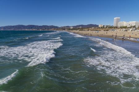 shore line: Shore line waves at Santa monica beach
