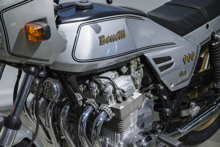 displacement: The Benelli Sei is a series of motorcycles that were produced by Italian manufacturer Benelli, and masterminded by automotive designer Alejandro de Tomaso, from 1973 to 1989.[2] Two models were made, with 750 and 900 cc displacement. The 750 was the first