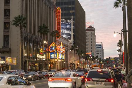 The busy Hollywood boulevard in Loas angeles. Sajtókép