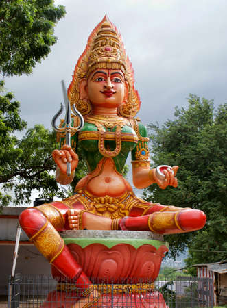 tamil nadu: Statue of a hindu goddess outside of Madurai, Tamil Nadu