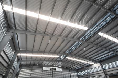 La toiture métallique Banque d'images - 41020769