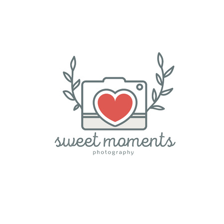 photography logo: Wedding photography logo template. Creative photo studio flat icon. Love story photo emblem.Hipster photographer labels and badges in vintage style