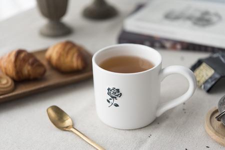 mug on the table