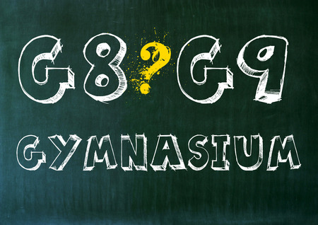 contra: g8 g9 high school graphic panel. question mark pro contra. Stock Photo