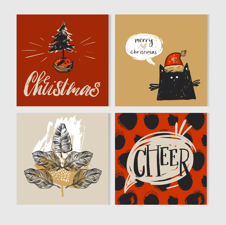 Hand getrokken vector abstracte Merry Christmas wenskaart instellen met schattige kerstboom in pot, leuke grappige zwarte kat in Kerstman hoed, tekstballon, tropische bladeren en moderne kerst kalligrafie.