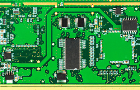 Printed circuit board (PCB) with chip electronic components