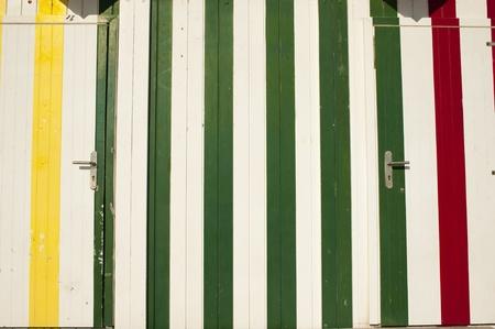 cabane plage: Ray� des planches de bois, closeup prendre d'une cabane sur la plage Banque d'images