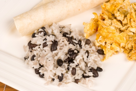 pinto bean: Traditional Central American breakfast around its staple gallo pinto
