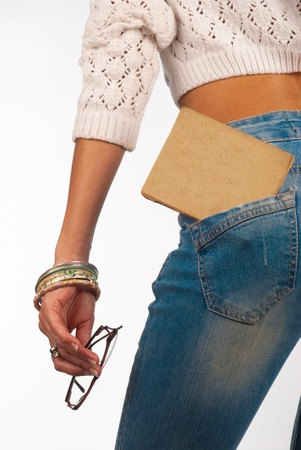 sexy jeans: Viejo libro en un apretado bolsillo accesorio vaqueros sexy