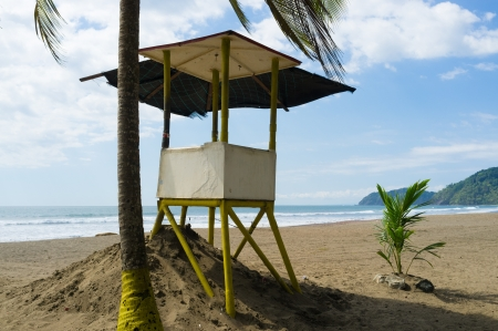 Lifeguard post on  a tropical beach Stock Photo - 16878669